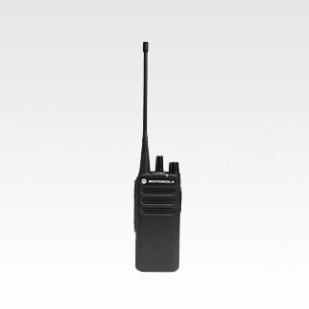 伊宁XIR C1200手持数字对讲机
