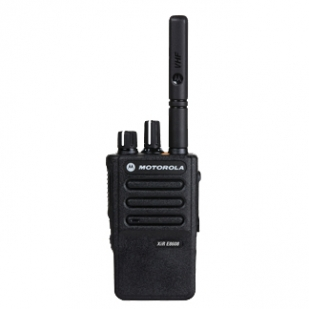库尔勒XIR E8600便携式模拟对讲机